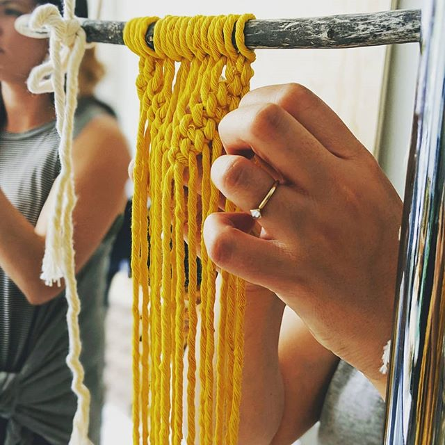 This Friday from 6 to 9pm the lovely Dana Martinez @wildermacrame is sharing her love of knots and rope and the flowing fiber sculptures that they combine to create. Her macrame workshops help you slow down and decompress while in great company. Here's a bit more about this cool, creative human. 👇🏽👇🏽👇🏽 Dana is a mama of two, a teacher and maker. Fiber art became became a creative outlet for Dana, deeply inspired by her childhood and watching the nimble hands of her great grandmother create beautiful works of art for her family and friends. She carries on this tradition as an ode to her family. Macrame gives Dana the opportunity to create with a sense of mindfulness and gratitude. She spends her days making, getting outdoors, taking care of her family and teaching. . . Scoop up the last few spots while you can at allhandsworkshops.com ✨ . . #allhandsworkshops #macrame #macrameworkshop #santacruz #santacruzworkshops #santacruzlife #thingstodoinsantacruz #downtownsantacruz #makeallthethings #creativity #creative #creativecapacity #makeinsantacruz #creativeworkshops #creategood #bayarea #supportlocalmakers #makemore #makemagic