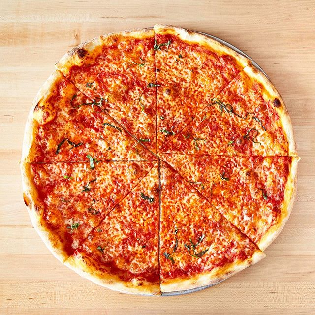 Happy National Cheese Pizza Day! Keep it classic today, guys. Any time I go to a new pizza place I always  start with a cheese pie. Why? Because it's the baseline. It's the foundation of any good pizzeria and if you can't nail a cheese pie then what's the point? Plus you need a common standard to judge by. Pepperoni is great and it's certainly the most popular, but there is something magical about the simplicity of dough, cheese and tomatoes that will always make cheese pies my #1. Don't @ me! . . . #nationalcheesepizzaday #pizza #eaterla #dtlafood #dtla #burbank @pizza @eater_la