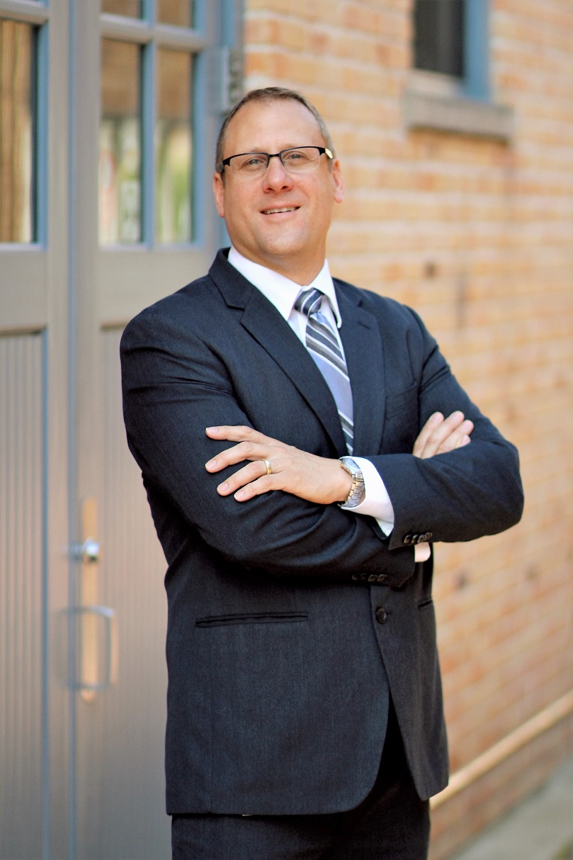 """Andrew Reeves, RPh   CEO  As co-owner and CEO of OptiMed Health Partners since 1994, Andy Reeves, RPh, has devoted his career to providing exceptional patient-centered care. His value-based team approach focuses on building effective and efficient healthcare models that promote the pharmacist's role as part of the healthcare team to demonstrate how they can help positively impact treatment success and lower healthcare costs. In addition, Andy was instrumental in incorporating pharmacogenetic testing into outpatient treatment and created models that included a pharmacist's interpretation of lab results to better understand patient medication profiles and potential drug interactions.  The Michigan Pharmacists Association recently recognized his """"out-of-the-box"""" approach by honoring Andy with the prestigious Excellence in Innovation award. This award recognizes those industry innovators who are striving to provide exceptional outcome-based, patient-centered care; deliver innovative practices that increase medication adherence and enhance disease management; and re-energize the profession to meet the healthcare needs of tomorrow's patients."""