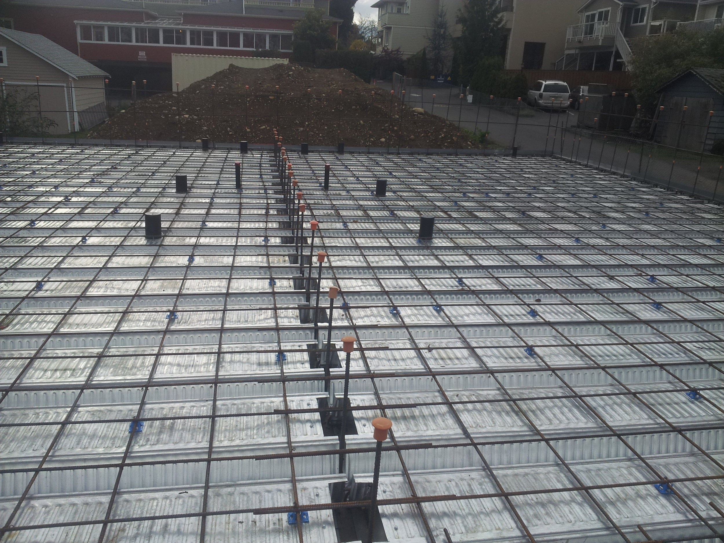 Another picture of the Comslab tray system and the steel rebar reinforcement
