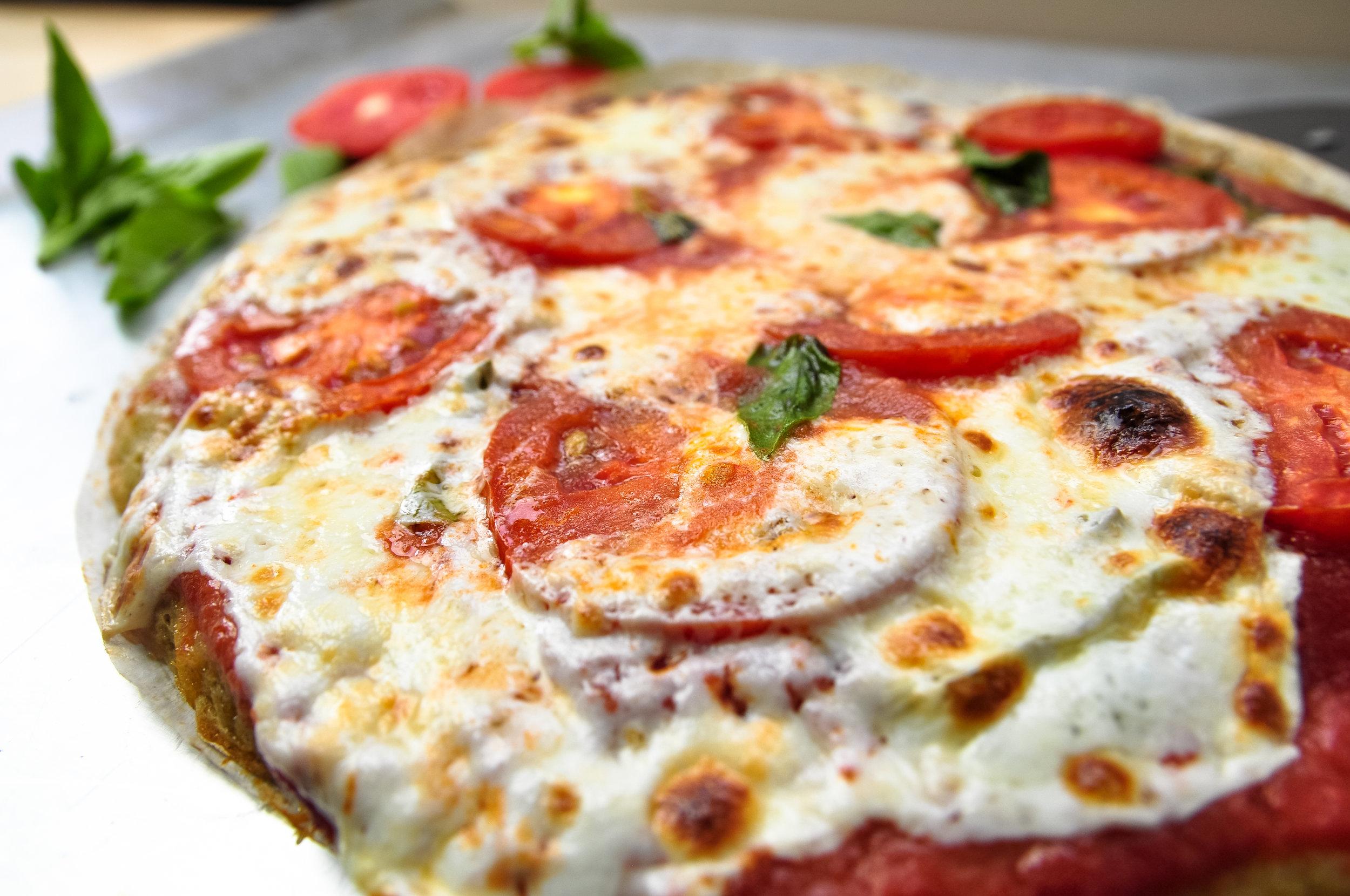 margherita pizza (3).jpg