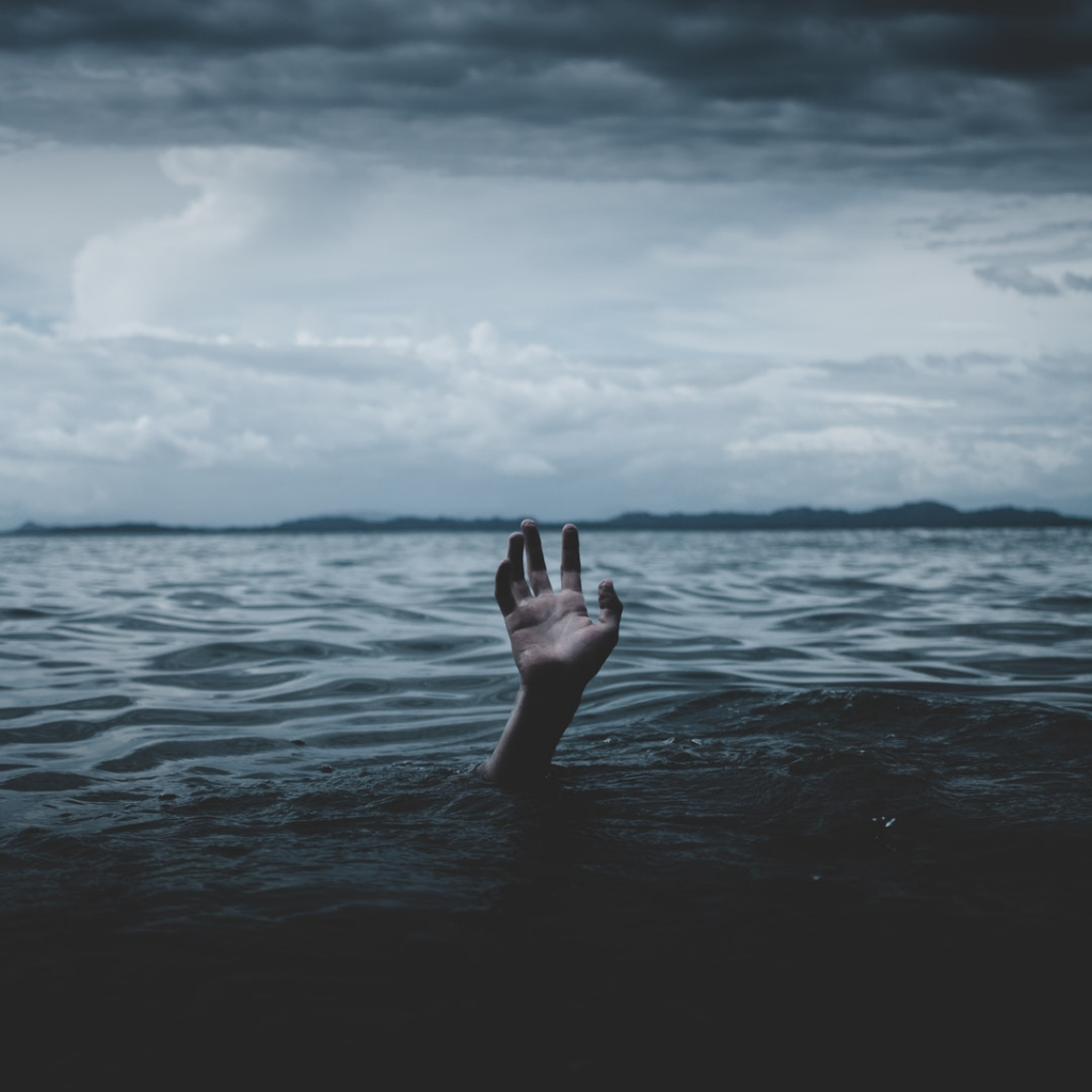 Drowning-hand.png