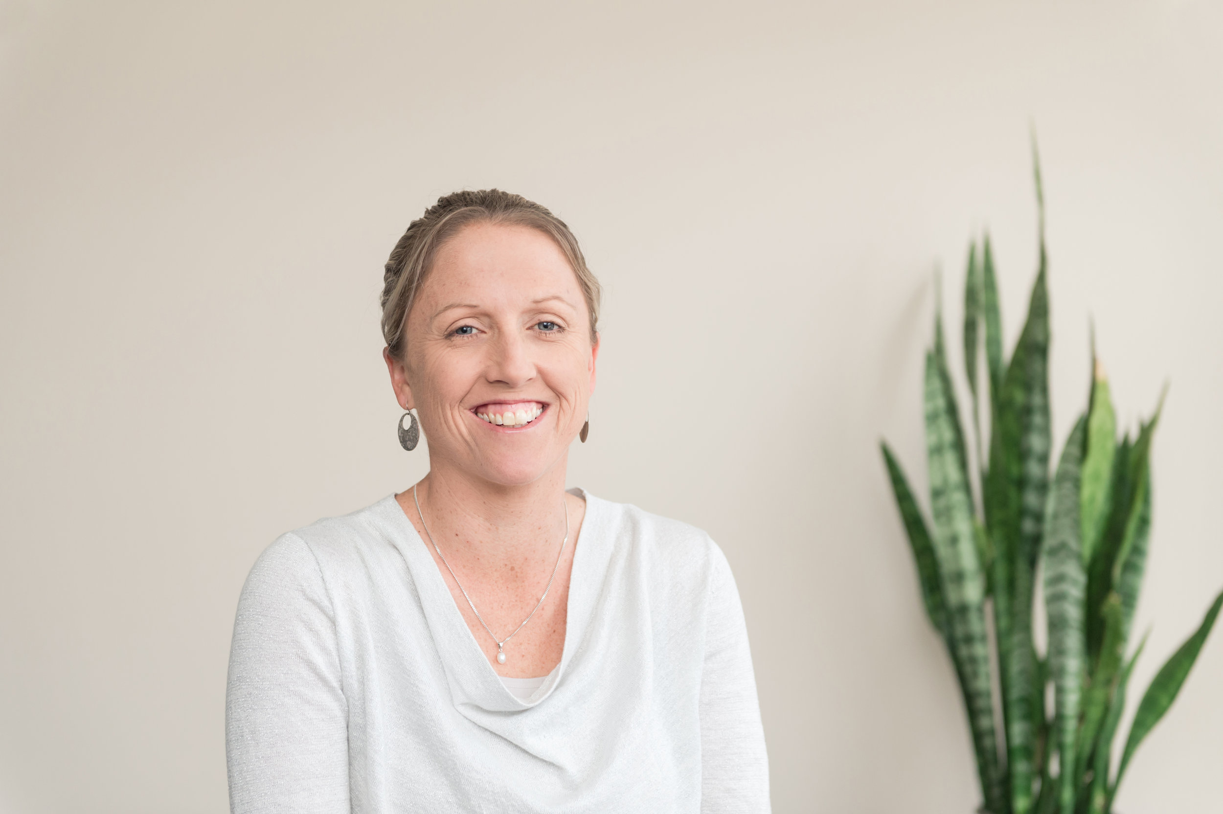 ALEX SLEEP Bookkeeper / Administration - Ceduna   Alex joined Letcher Moroney in July 2018 as a part of the acquisition of Phill Stevens & Associates. Alex grew up on the farm and previously worked for Phill Stevens for 5 years after completing year 12. She then worked for Ceduna Council and has experience in various admin roles from HR, Accounts, Personal Assistant and now in Bookkeeping.