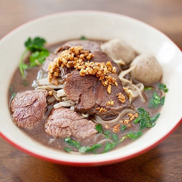 Guys....you may notice that this look similar to Pho but they are totally not the same. It's Boat Noodle Soup, the soup is thicker and way more flavorful. And YES !!, you can get this from the boat from our previous post ...LOL.  Don't worry, we know you are craving right now. We'll bring it to our Davis sq. soon