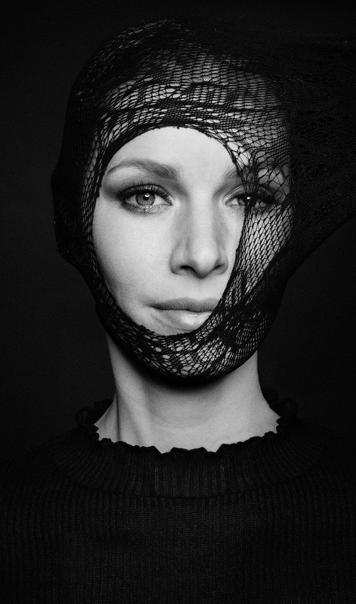 bw-portrait-women-008.jpg