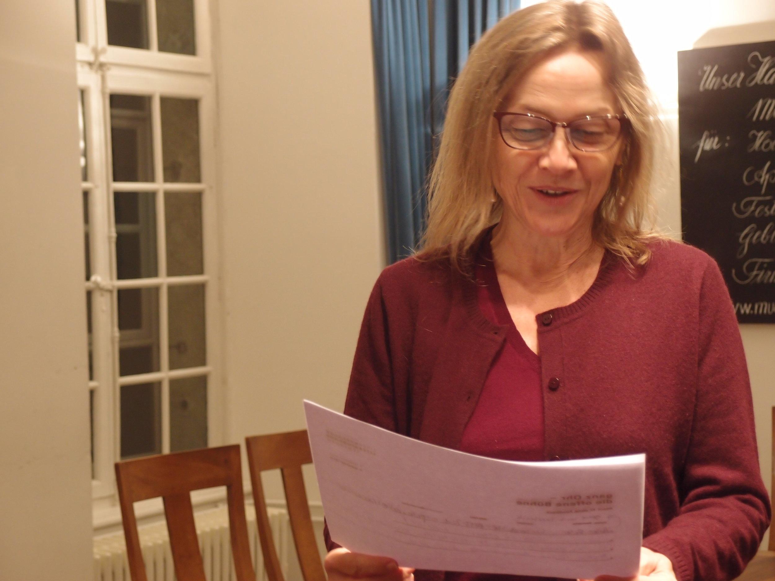 Susanne Mathies, eine Autorin von Wort im All.
