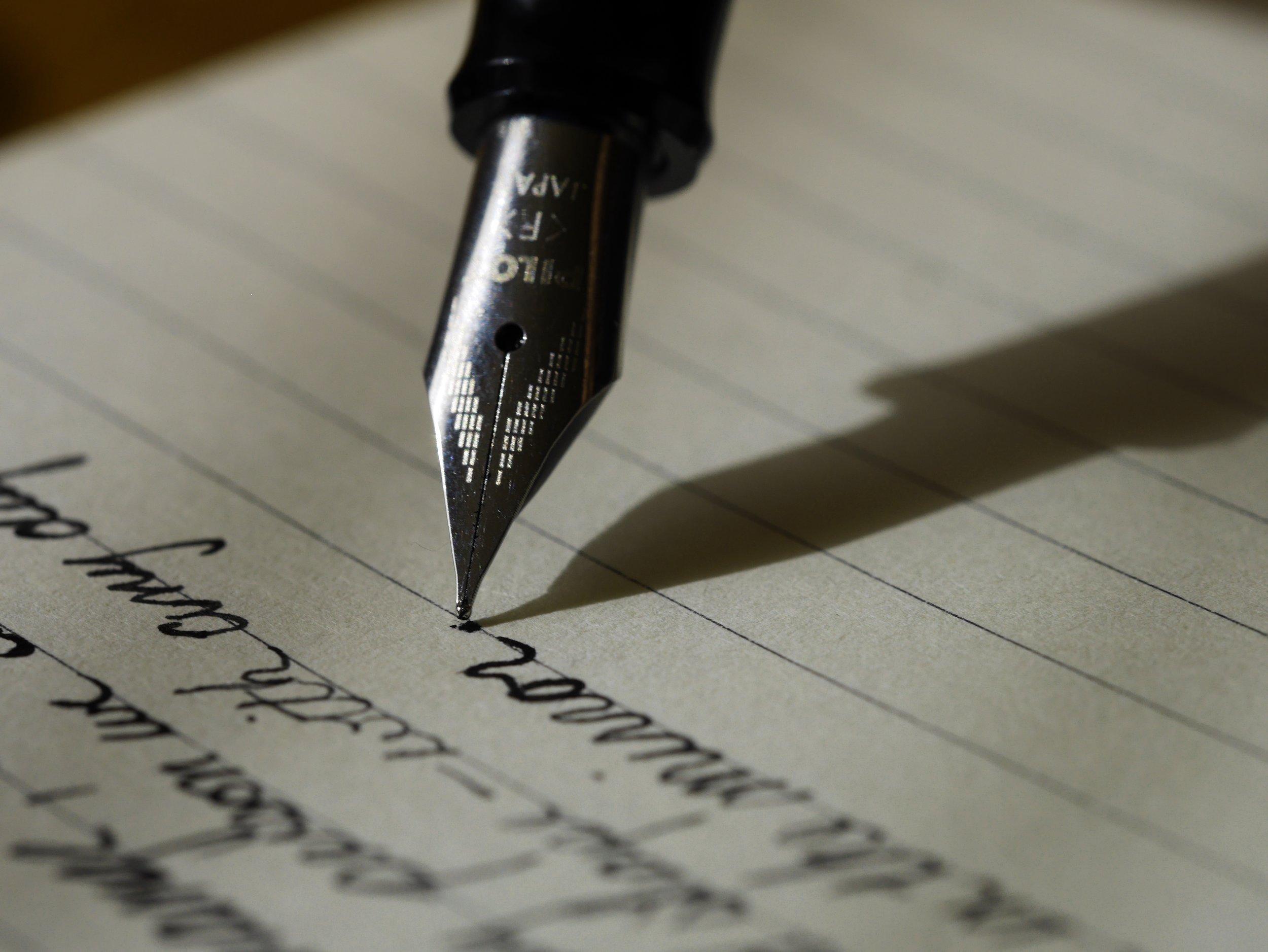 Schreiben in der Letterei. Foto: Squarespace.