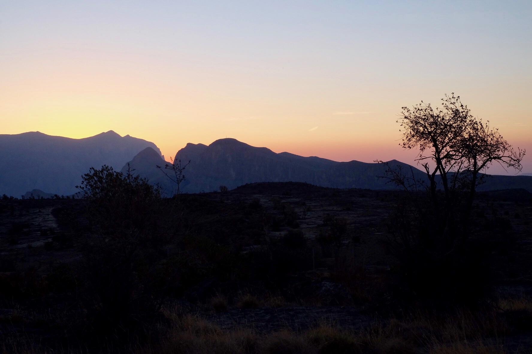 Solnedgång på platån vid Jebel Shams