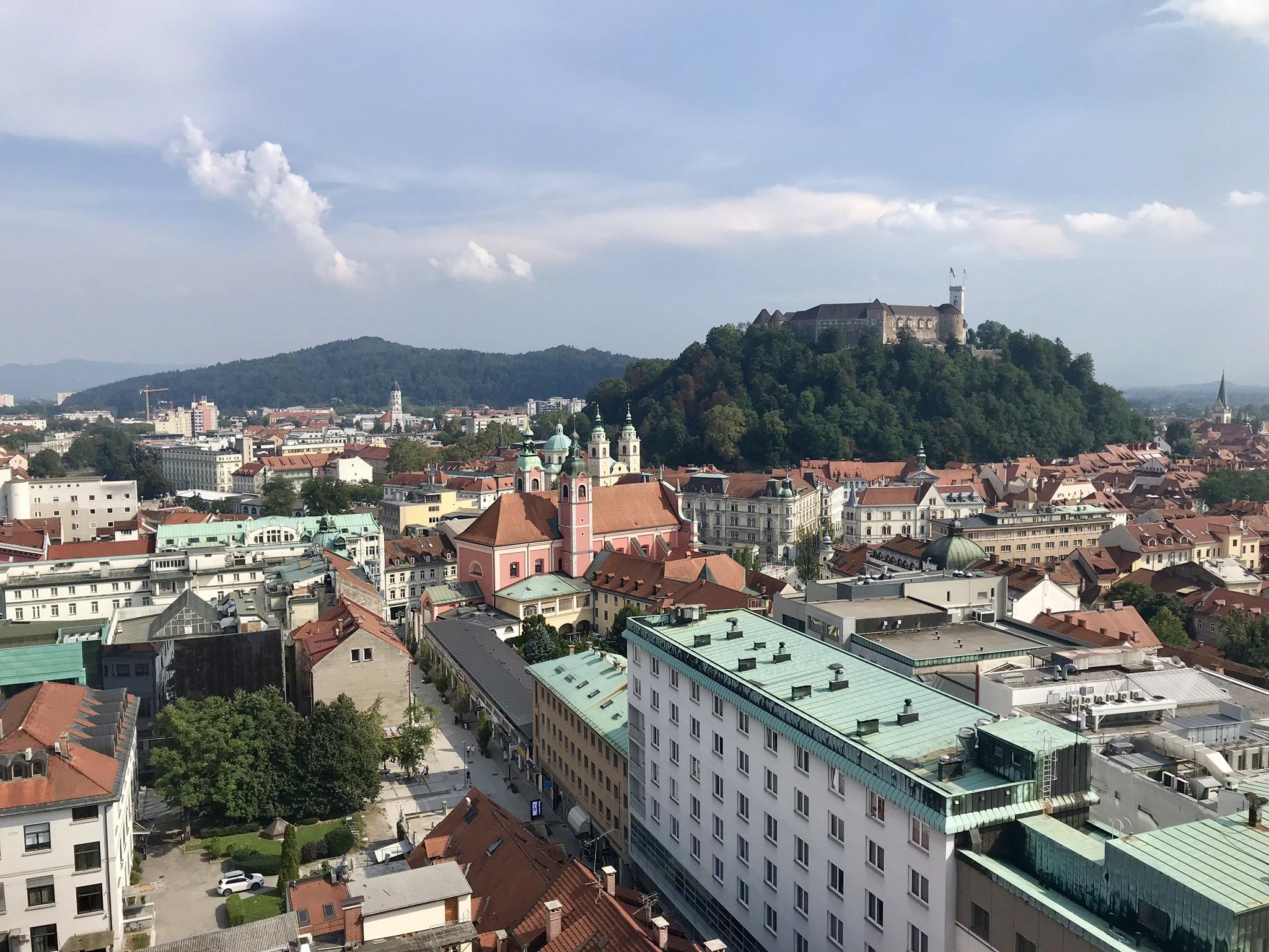 Ljubljana med slottet på borgkullen
