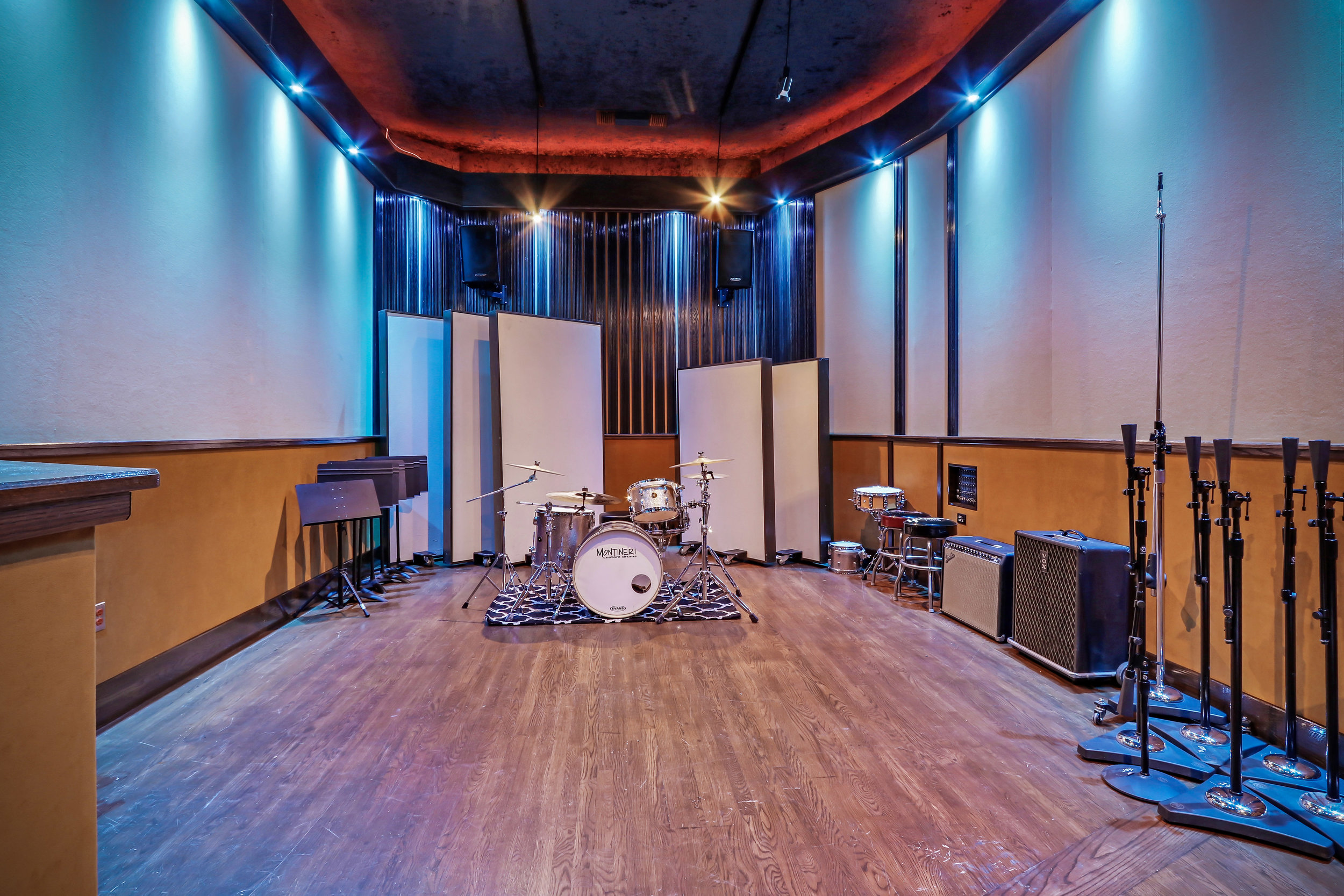 HighRes-real-estate-photography-Clearlake-Recording-Studio-38.jpg