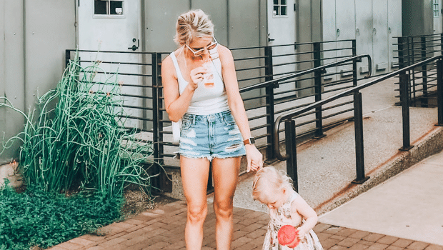 Learn how to be a good mom to your daughter