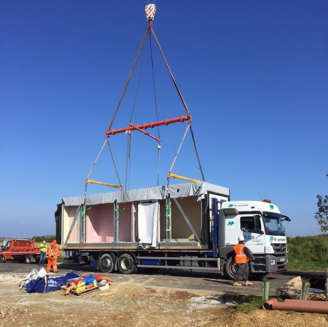 Delivery of a Precision Homes module. 1 of 4, ground floor #steelframe #builtoffsite modules being lifted into position. Find out more about #PrecisionHomes #affordable #housing at www.precisionhomes.co.uk #modular #offsite #housing #ukhousing #housingcrisis #innovation #tech #southwest #cornwall #affordablehomes #quality #premium #luxury