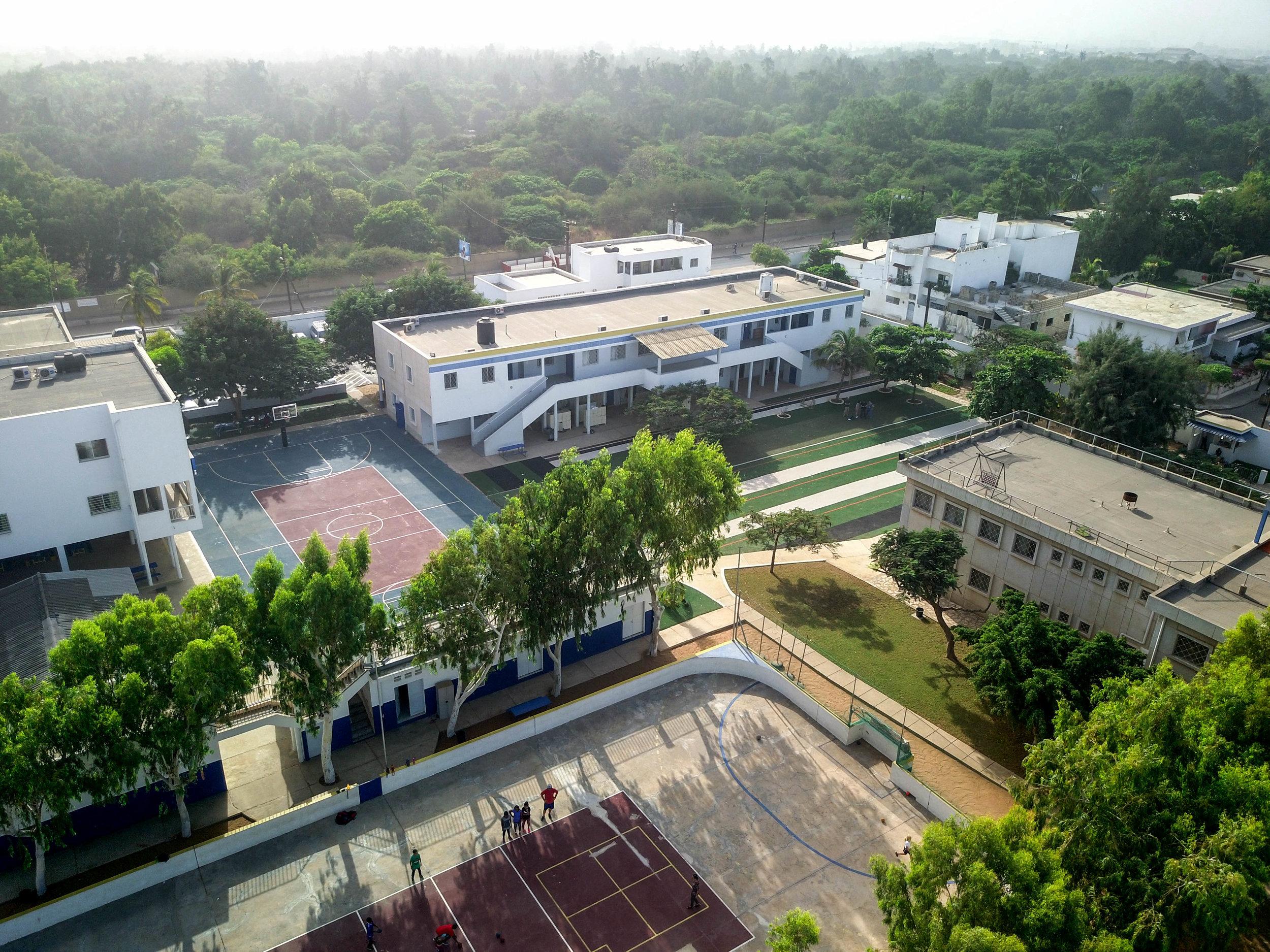Dakar Academy campus and student community.