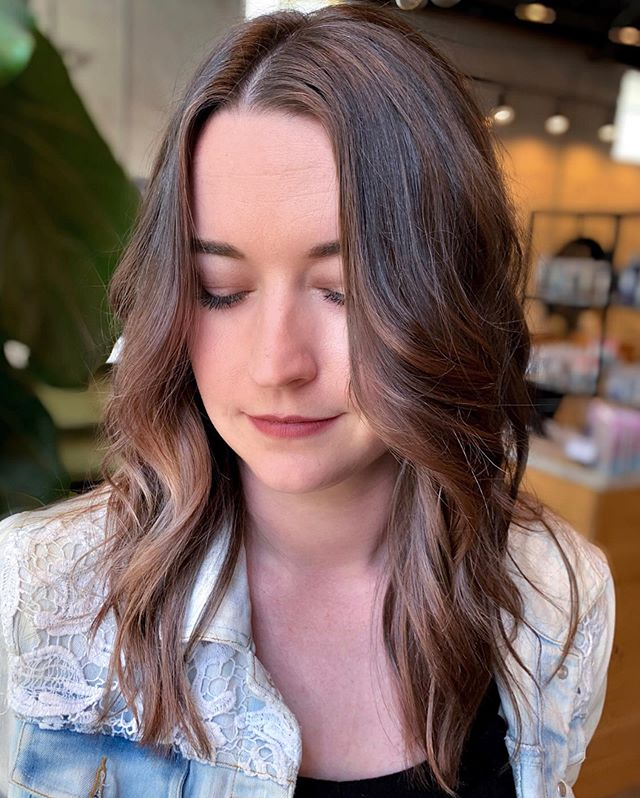 Kelsey's, our owner's personal assistant @vivianstileshair is now taking models for both cut AND color at 50% off! WHAAAATTT?! 🤩⠀ ⠀ Vivian is working directly under the boss lady and is creating some awesome hair like in the pics above! 👆👆👆⠀ ⠀ ⠀ This is a huge opportunity you don't want to miss! Call the salon to book you're appointment with Vivian ASAP! ⠀ ⠀ ⠀ ⠀ #babylightsandbalayage #balayagehair #hairtrends #livedinhair #livedincolor #hairinspired #atlantastylist #atlhairstylist #exploregeorgia #brunettes #brunettebalayage #blondeandbrunette #dimensionalbrunette #brondehair #springhair #springfashion2019 #brunettebabe #trendyfashion #hairinspiration #atlantasalon #atlantahairsalon #bestsalonatlanta #lahair #portlandbalayage #eastcoastlifestyle #coloradobalayage #bestbalayage #colormelting #labalayage