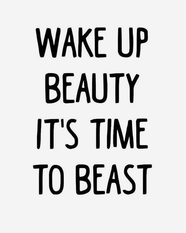 Rise + Shine, It's time to SLAY! 🤸🏾‍♀️ . . . . #morningmotivation #fridaymood #fridayvibes #bestsalonatlanta