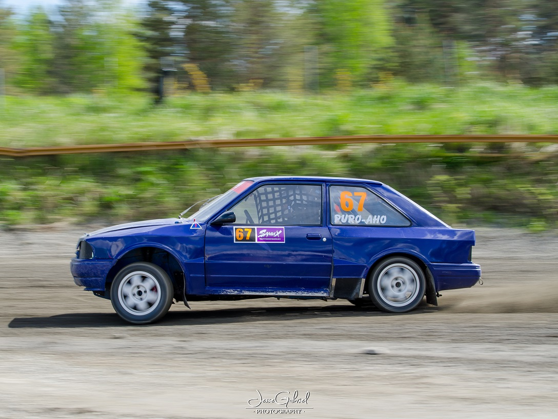 #67 Anssi Puroaho - Seura: KvanUAAuto: Ford Escort XR3