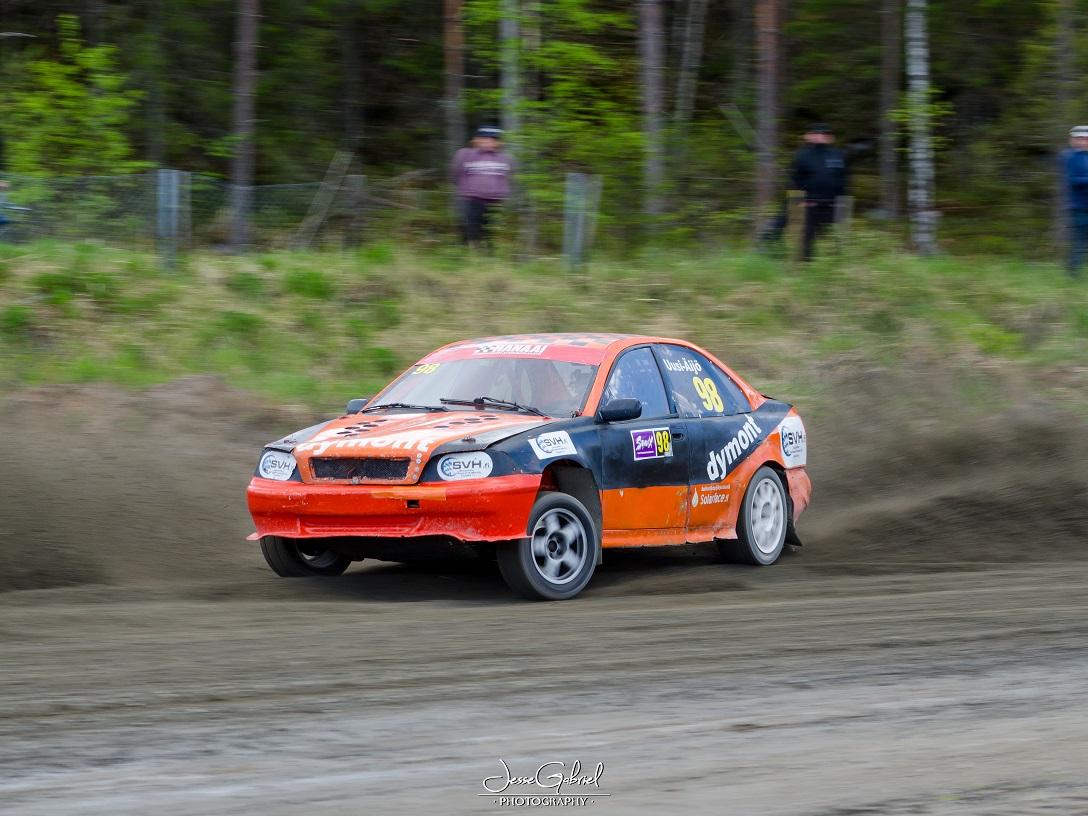 #98 Kai Uusi-Äijö - Seura: KauhUAAuto: Volvo S40