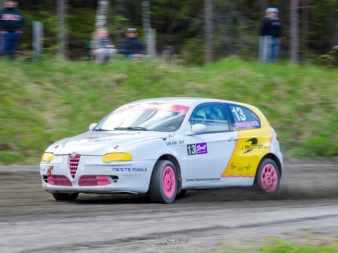 #13 Emilia Ehrnsten-Hieta - Seura: LvUAAuto: Alfa Romeo 147