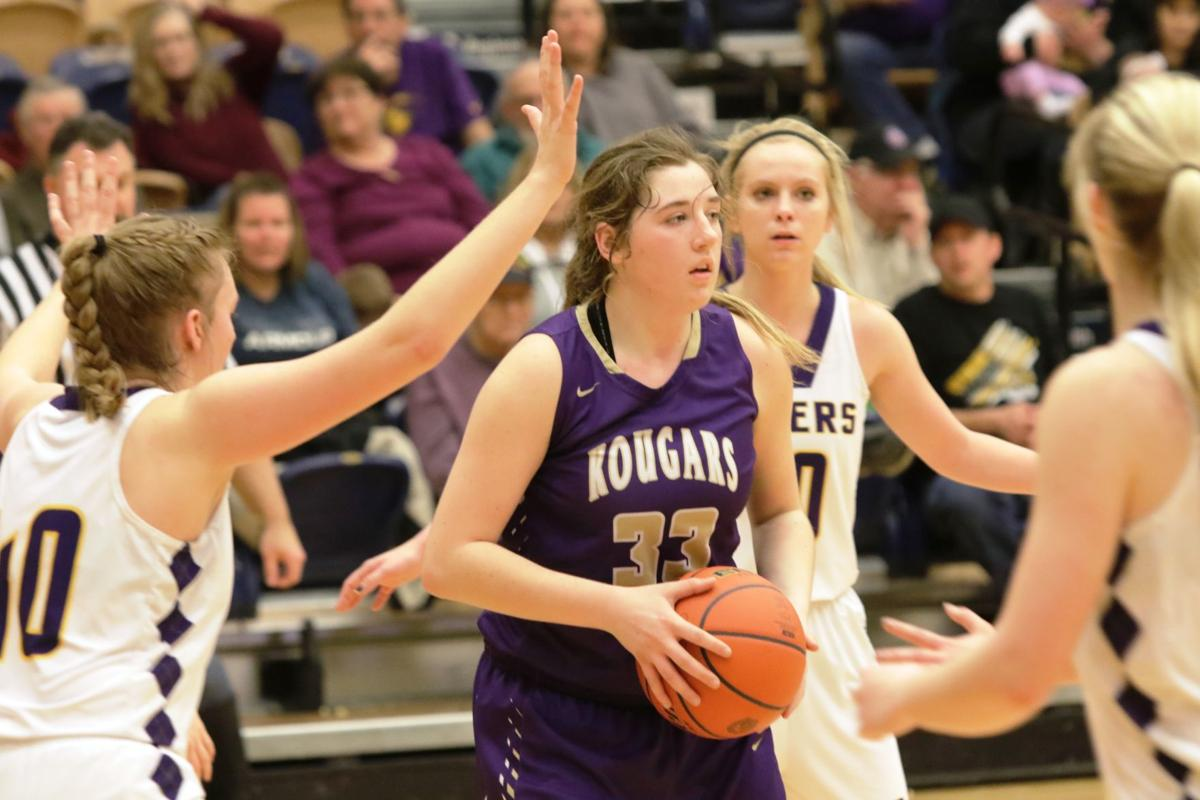 - Kadoka Area: Dylan Moro's squad went 15-7 a year ago and came within an eyelash of knocking off No. 1 Faith to make the dance. Lavin Bendt, a 5-foot-1o junior lit up western South Dakota with 18.1 ppg and 9.6 boards Teammates Alyssa Civitak 14 ppg and Kaylee Eisenbraun were the top three scorers and rebounders and all can pass the basketball
