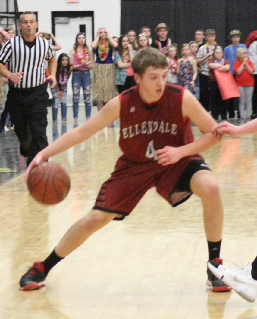- Looking forward to getting a good look at 6-foot-3 forward Hunter Thorpe of Ellendale, North Dakota.Within shouting distance of Aberdeen, Thorpe will have an opportunity to showcase his talents at some of the biggest AAU tournaments in the country this summer.