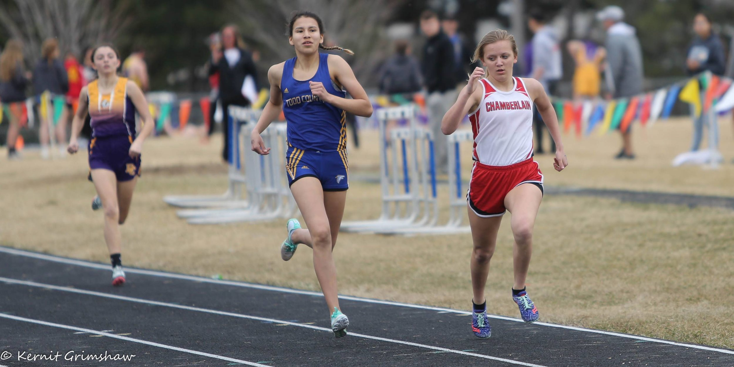 - Porch, seen here running the 800 meters, finished 3rd in this event with a rock-solid 2:34 performance.In the 400 meters, Porch finished 3rd with another great opener of 67 seconds.