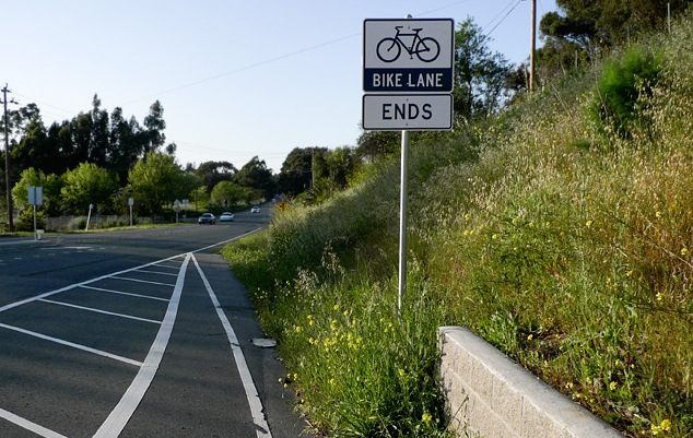 bike lane ending.jpg