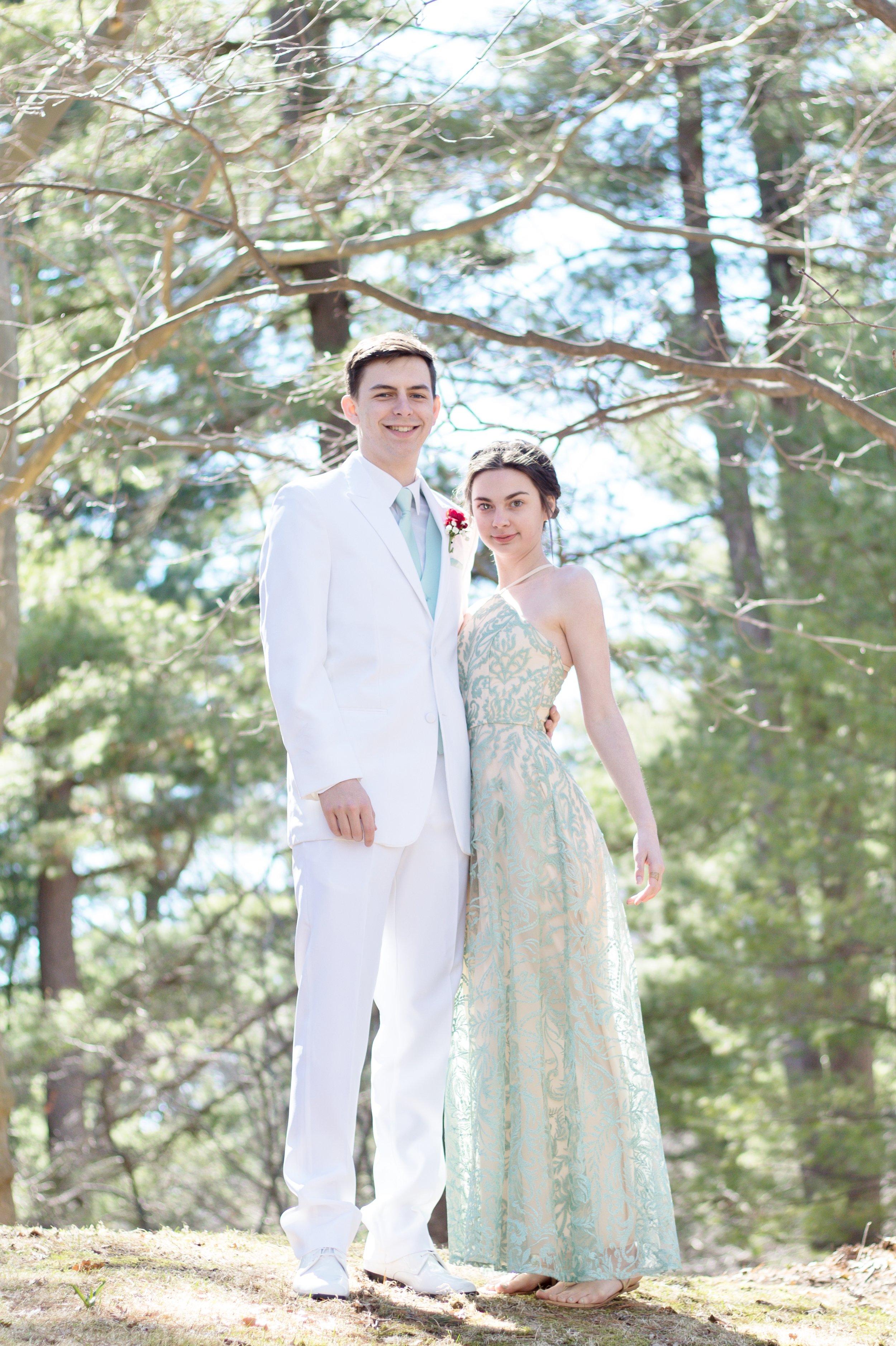 Prom Thomas and Em Thomas (6).jpg
