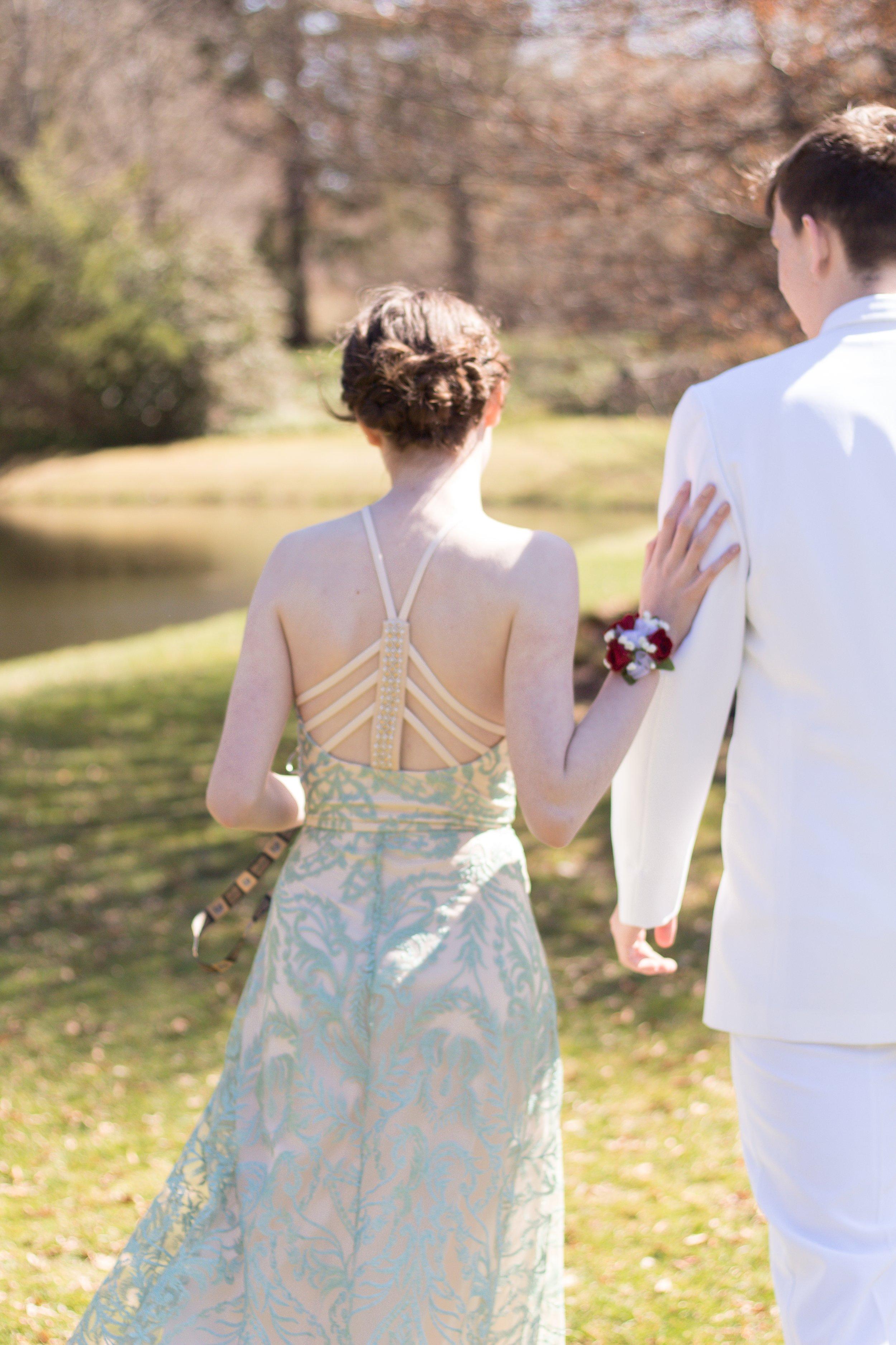 Prom Thomas and Em Thomas (15).jpg