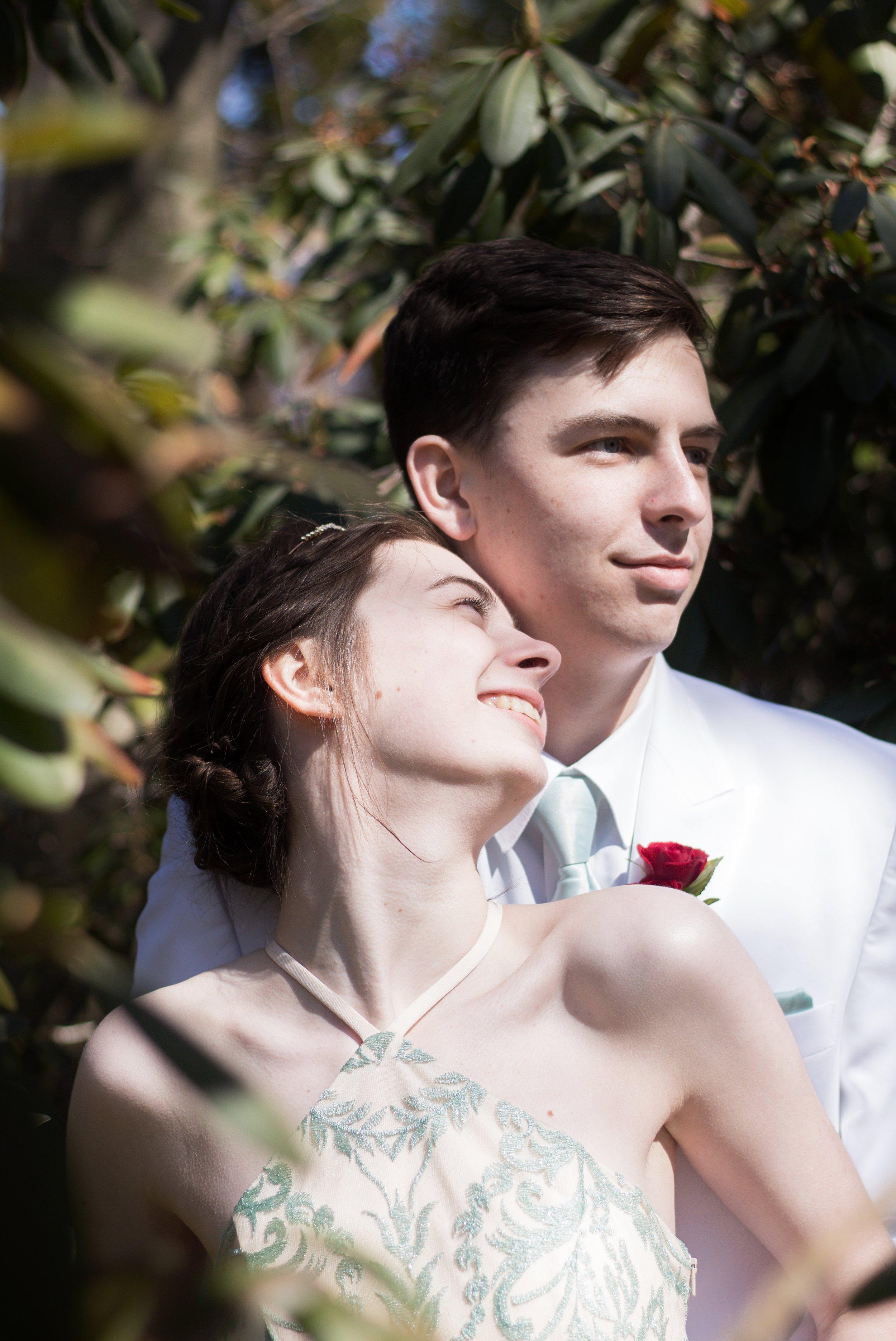 Prom Thomas and Em Thomas (29).jpg