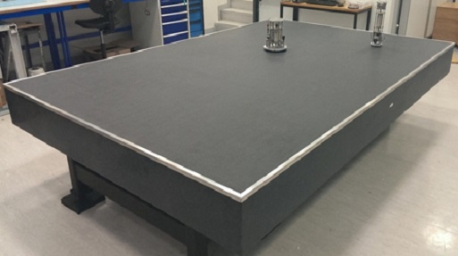 Floating structures   We have an air bearing stand and have access to an air granite table. These enable us to simulate zero to low-g approach and docking maneuvers in 2D.