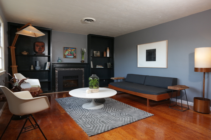 Landing Pad - The Colony is a mid-century colonial icon in Portland's St. Johns neighborhood. This property is a fully-functional event space featuring two fully furnished, stylishly designed apartments tailored to make your stay in the Pacific Northwest inspiring and comfortable.