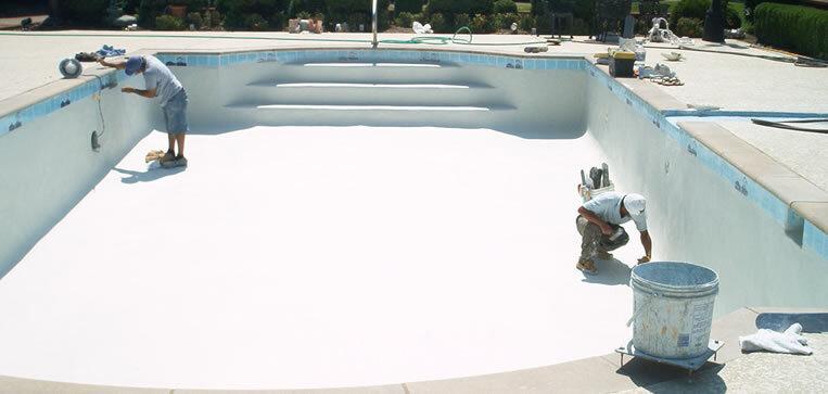 plastering-commercial-swimming-pool.jpg