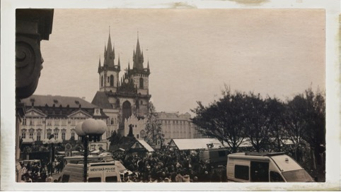 Prague-Old-Town-Sq.jpg
