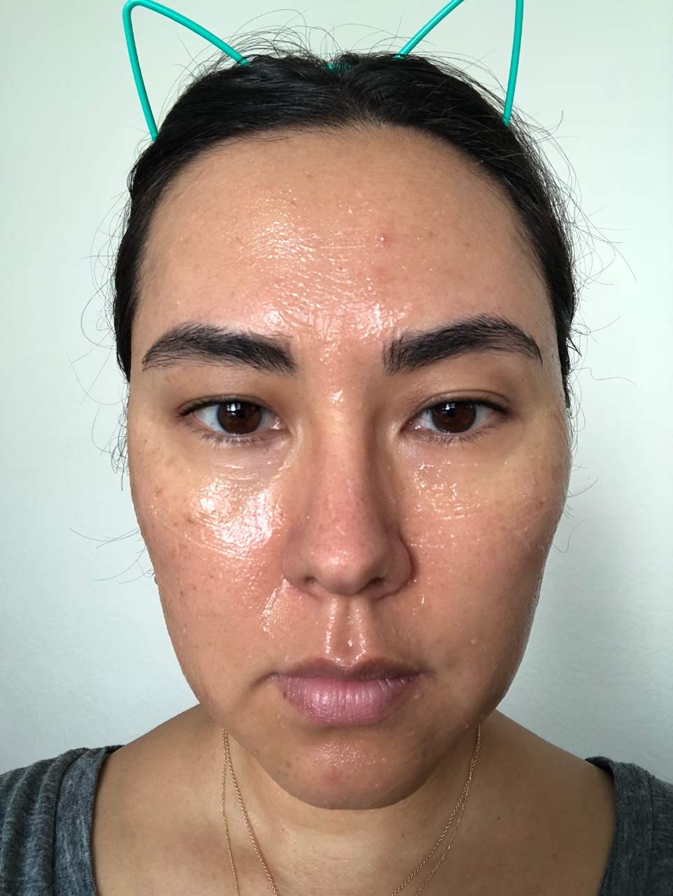 Just applied. There's a bit of stinging around my nose and lips, but I got aggressive with the exfoliation in those areas. I also applied more gel on my neck & under-eye than the last time around. -
