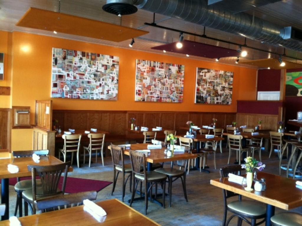 dining area (Medium).jpg