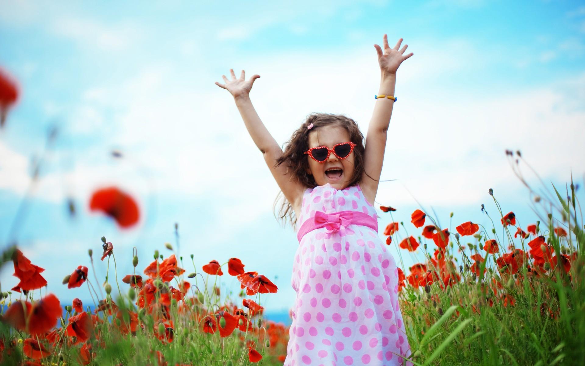 Happy-Cute-Cool-Child-Girl-Dancining-In-Garden-Wallpapers.jpg