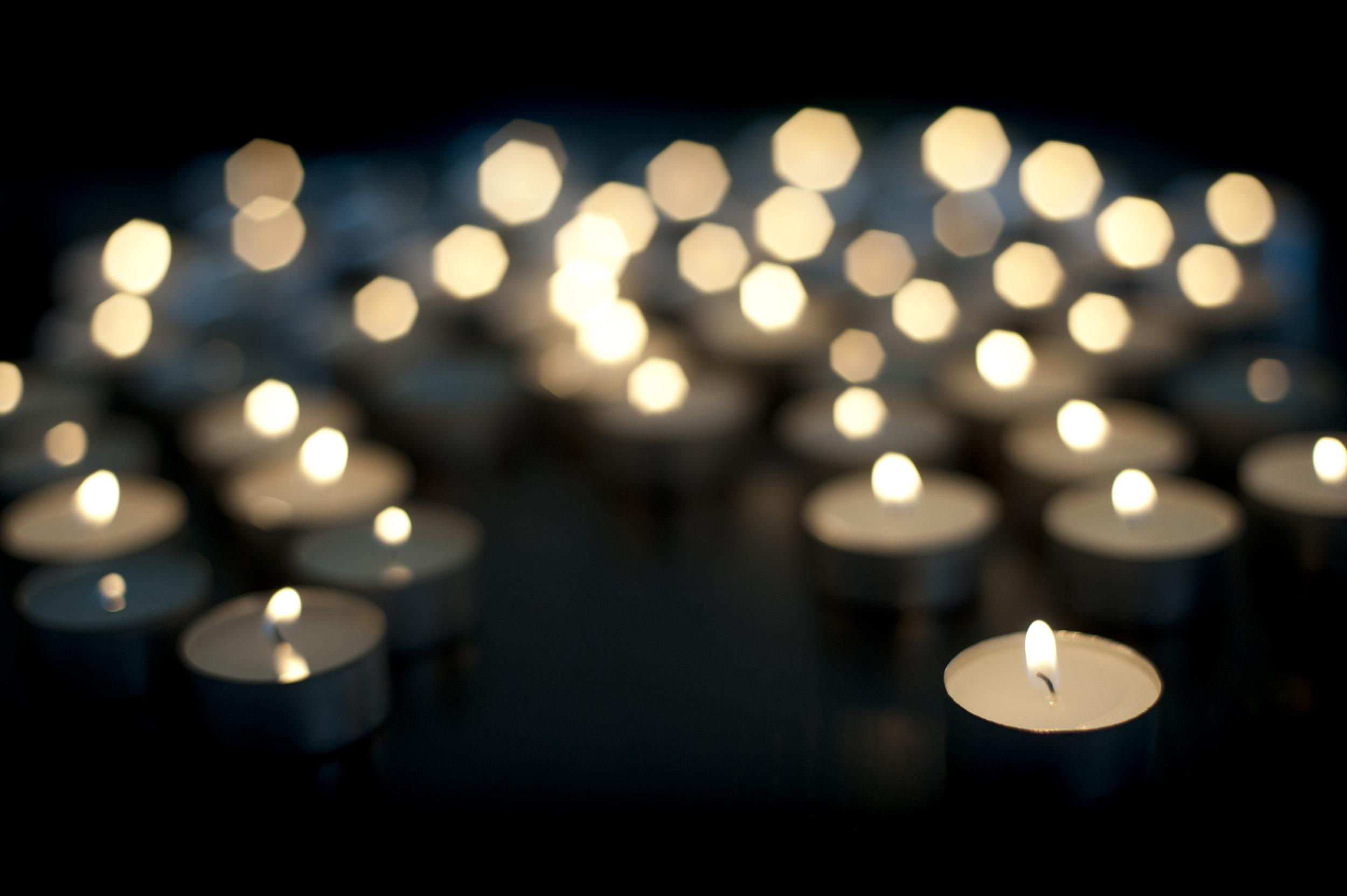candles-tea-lights.jpg