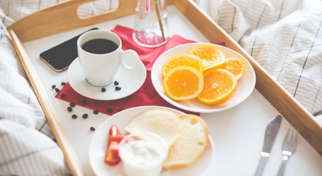 love-coupon-breakfast-in-bed.jpg