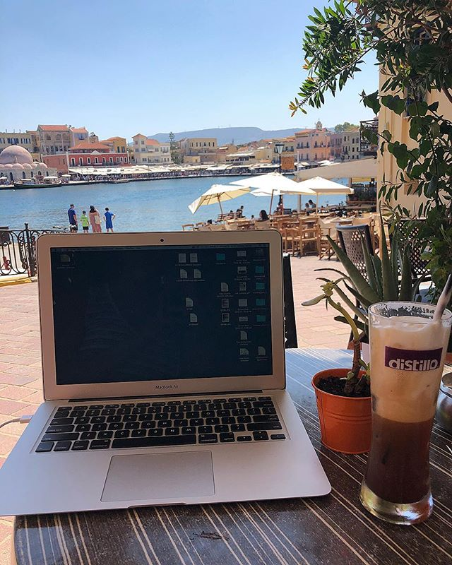 My out of office reply isn't on. . . . . #nodesks #travelling #greece #workingingreece #onthemove #chania# #crete #cretegreece