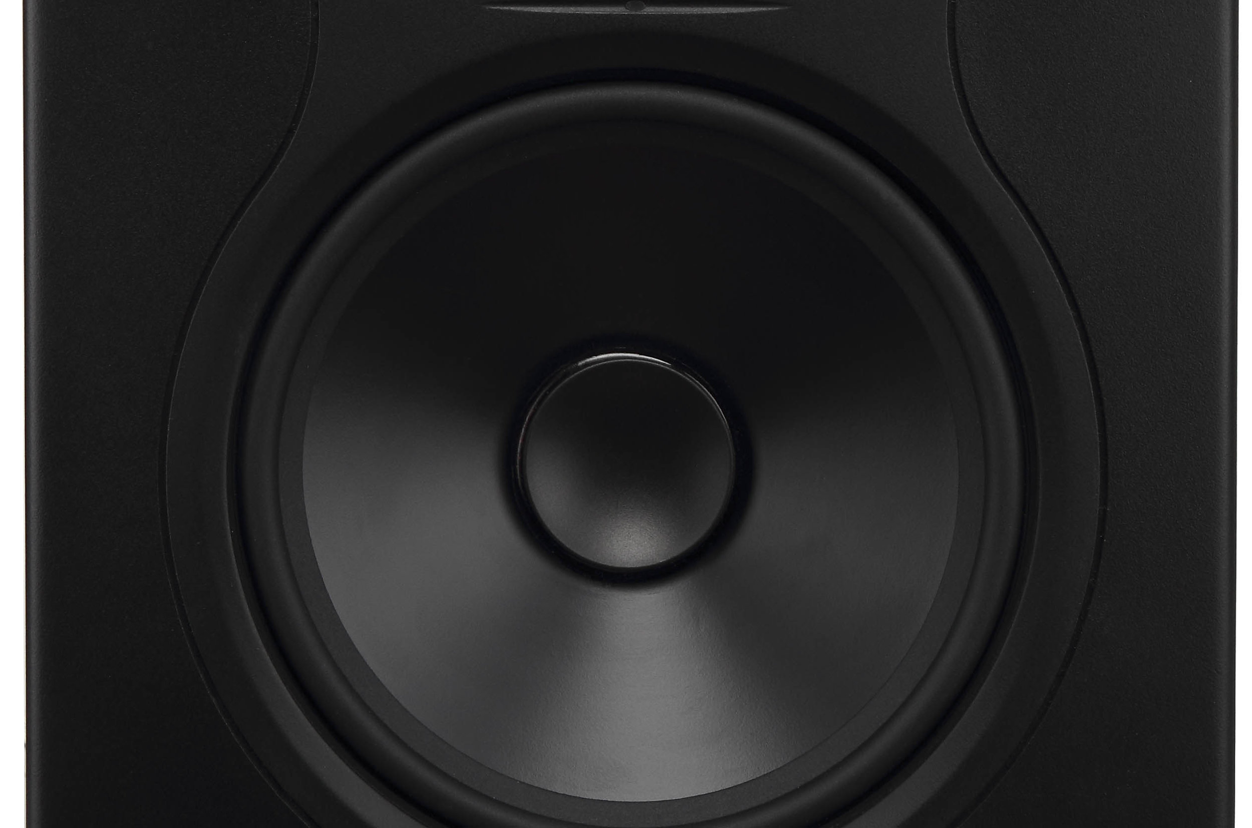 High dynamic range, low distortion - The dual layer, large diameter voice coil on the LP-Series helps keep the sound clear and free of distortion.Please find our distortion measurements here.