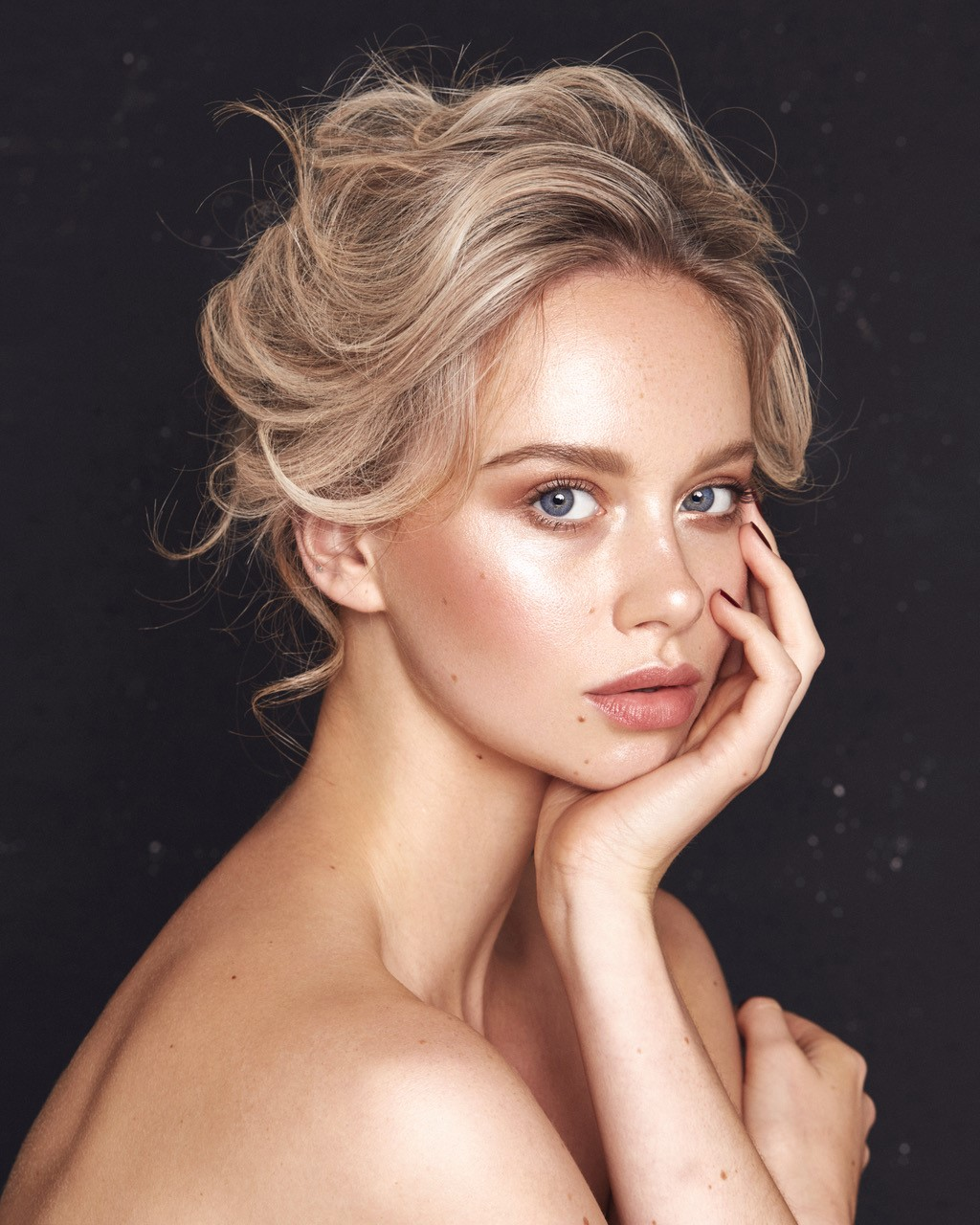 Mua & Hair | Sarah Redzikowski  Photog | Sarah Brown  Model | Jasmine Clark