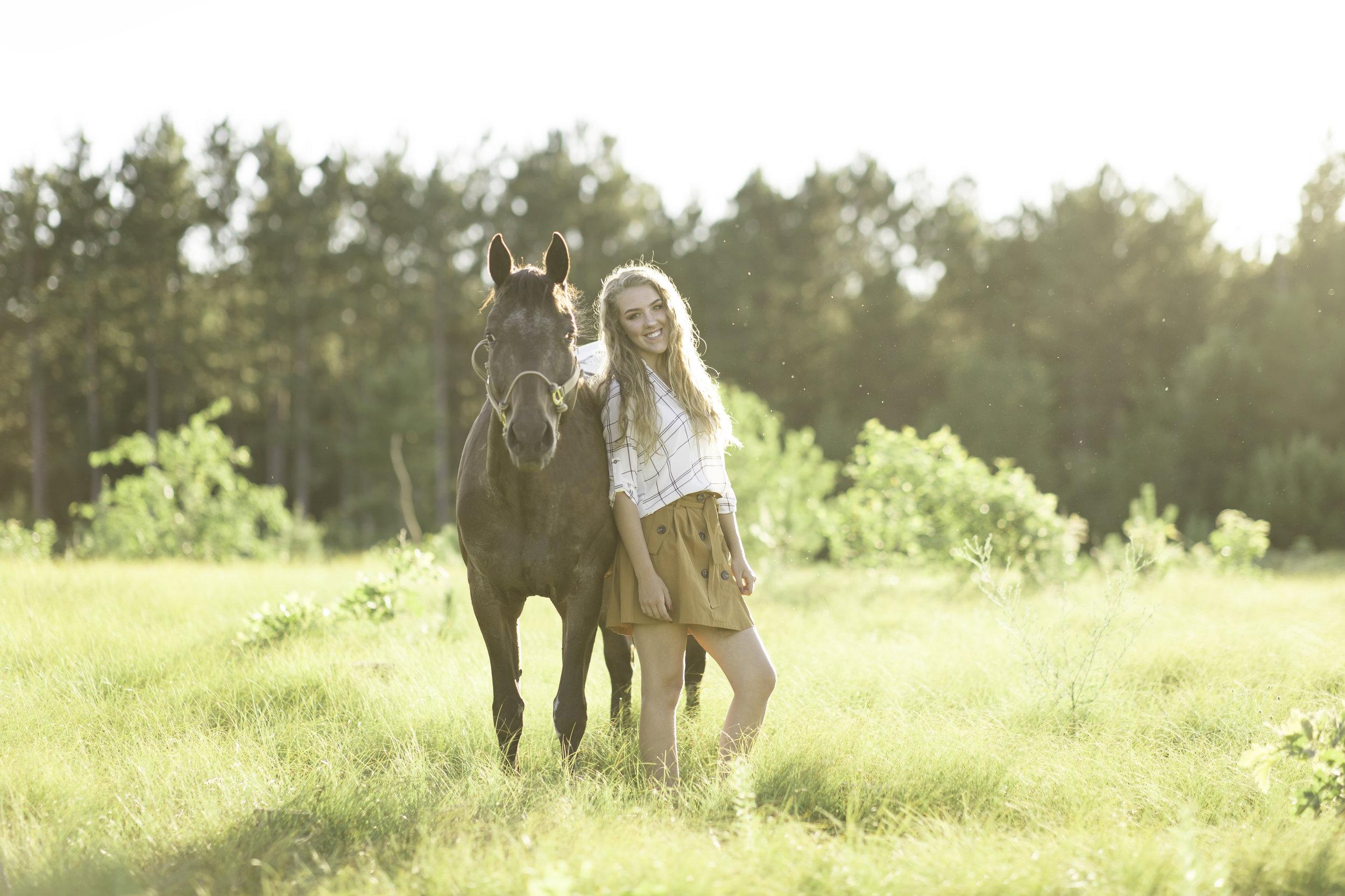 Senior Photos with horse wisconsin