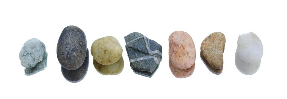pebbles-1335479_960_720.jpg