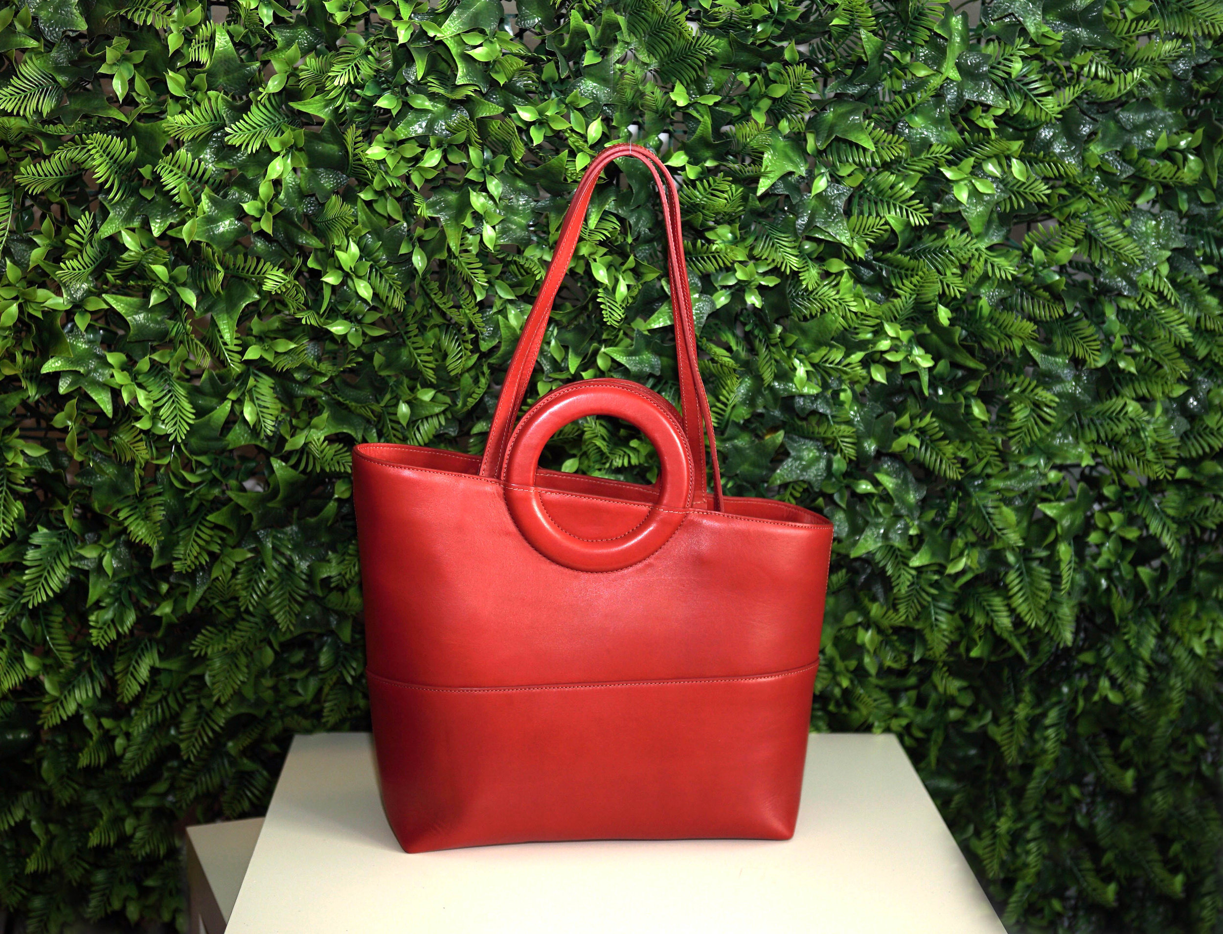 New york tote_Front_Red.jpg