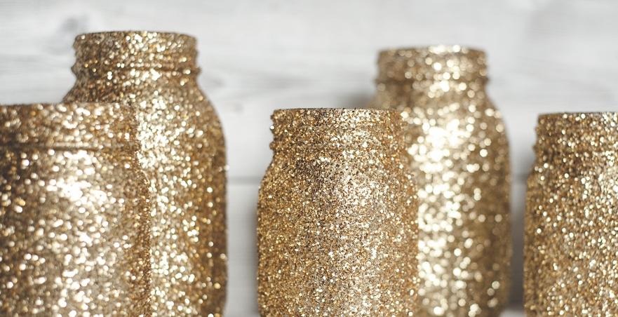 gold-glitter-mason-jars.jpg