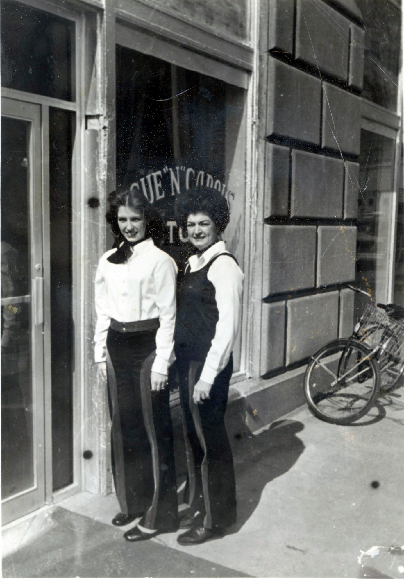 ^ Carol and Sue stand in front of Sue N Carol's which was located in the Grim Hotel in the mid to late '70s. The restaurant moved to State Line in 1980.