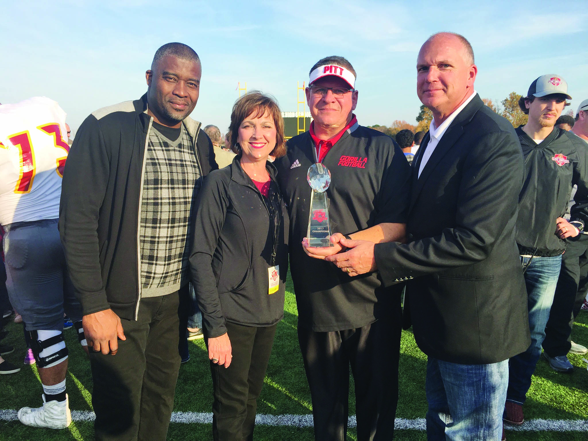 During the 2017 Live United Bowl, Shelby and Allen visited with Former Denver Bronco Super Bowl Wide Receiver Rod Smith and Pittsburg State Coach Tim Beck.