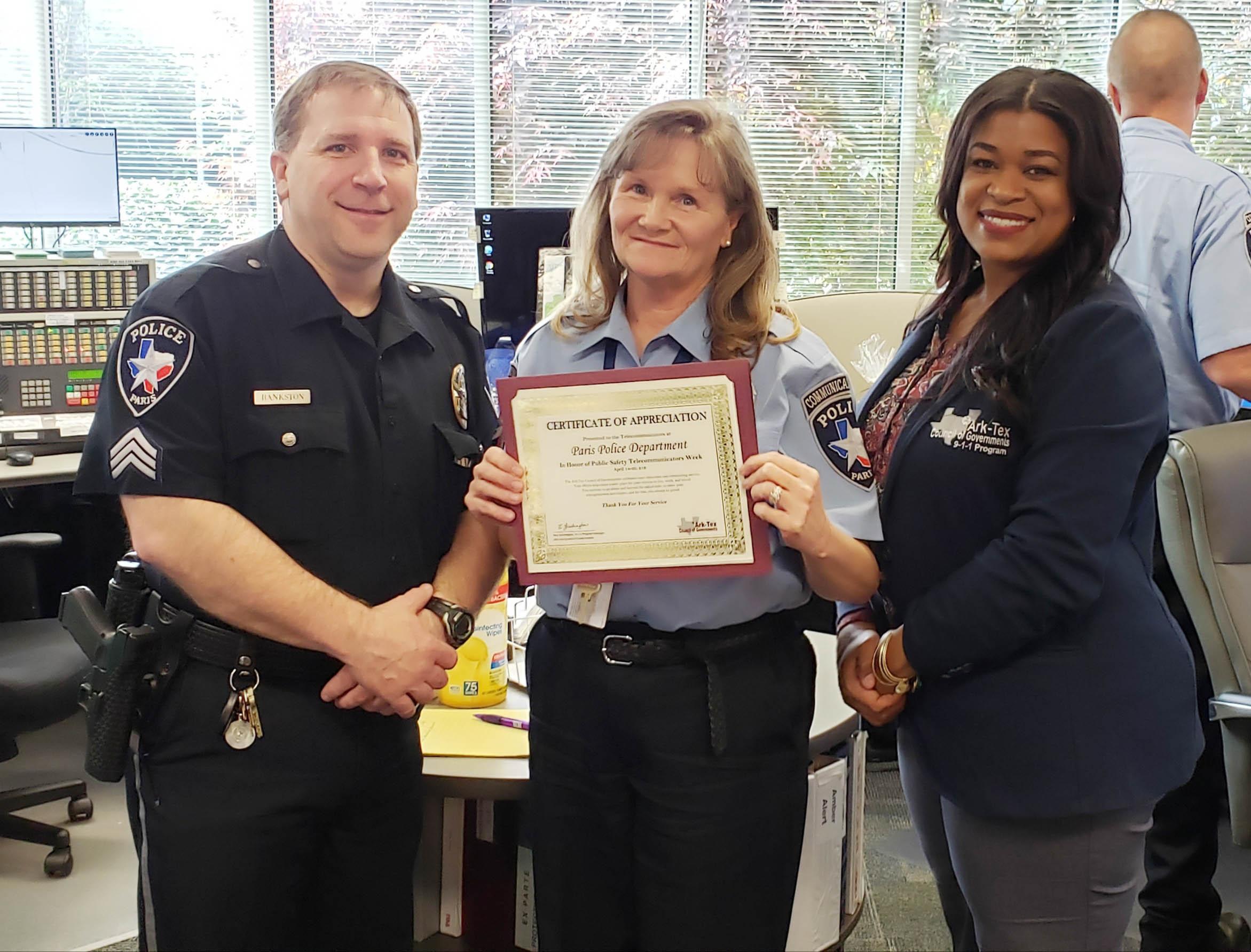 Sgt. Michael Bankston, Kathy Boaz and Rea Washington