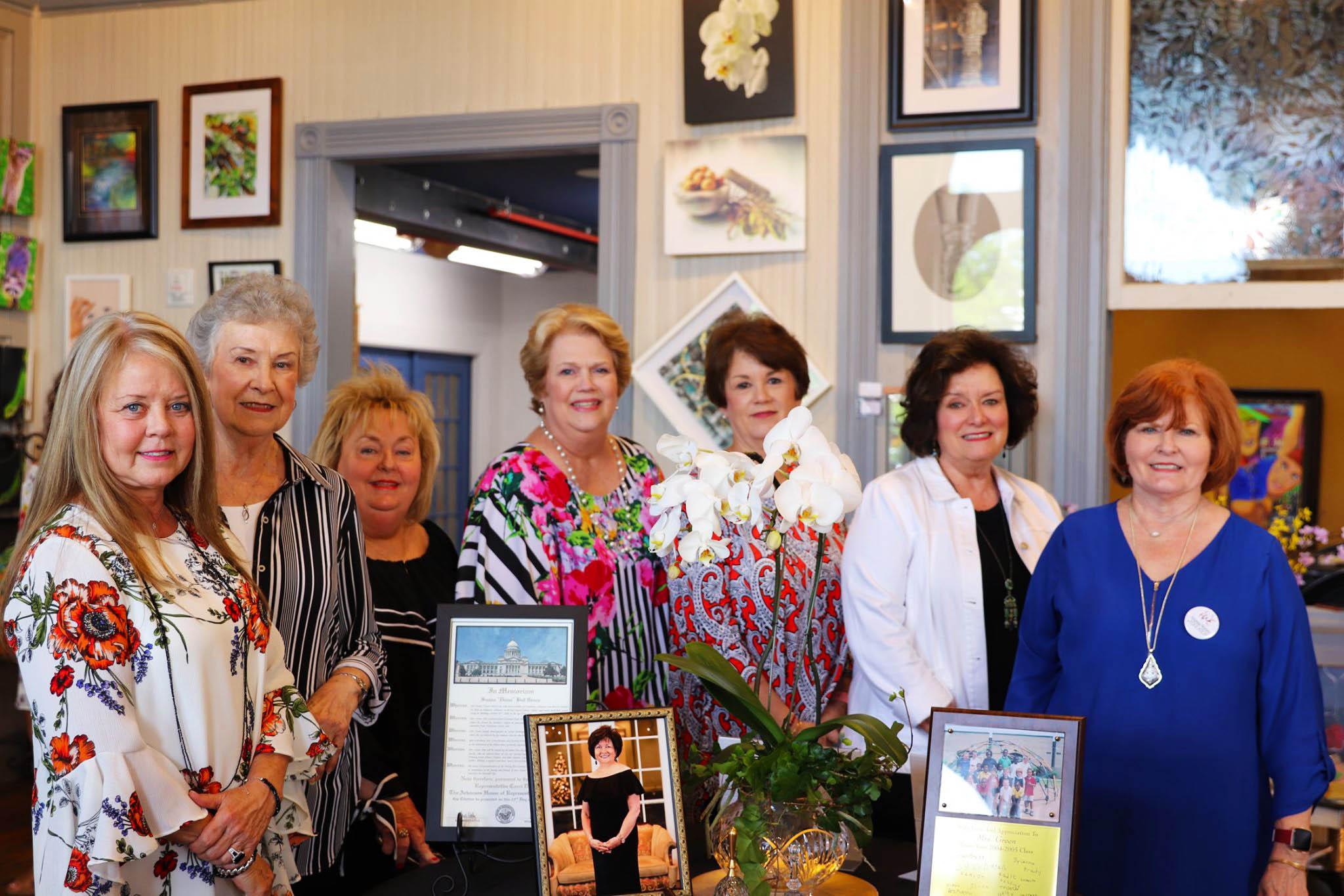 Sue Taylor, Katy Daniel, Tricia Wilson, Peggy Mills, Carol Selph, Ann Johnson and Kay Thomas