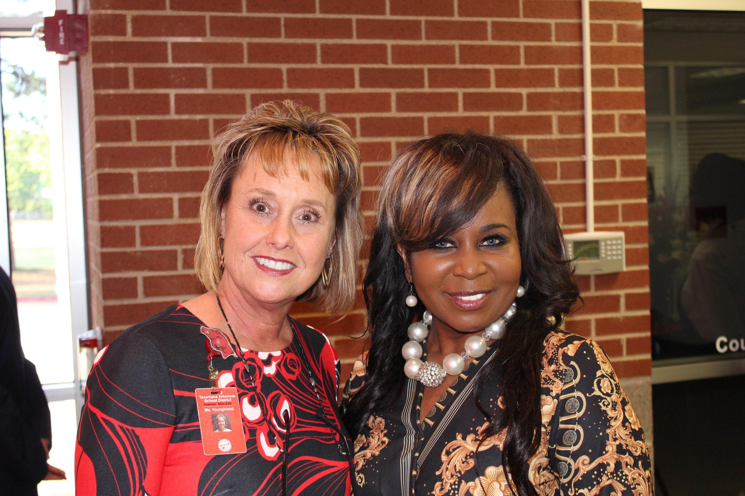 Dena Youngblood and Lekia Jones